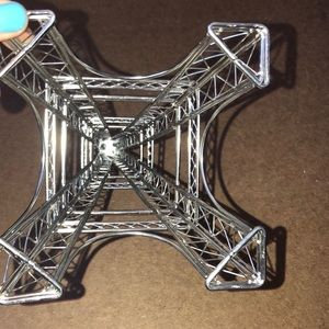 Other - Eiffel Tower jewelry holder